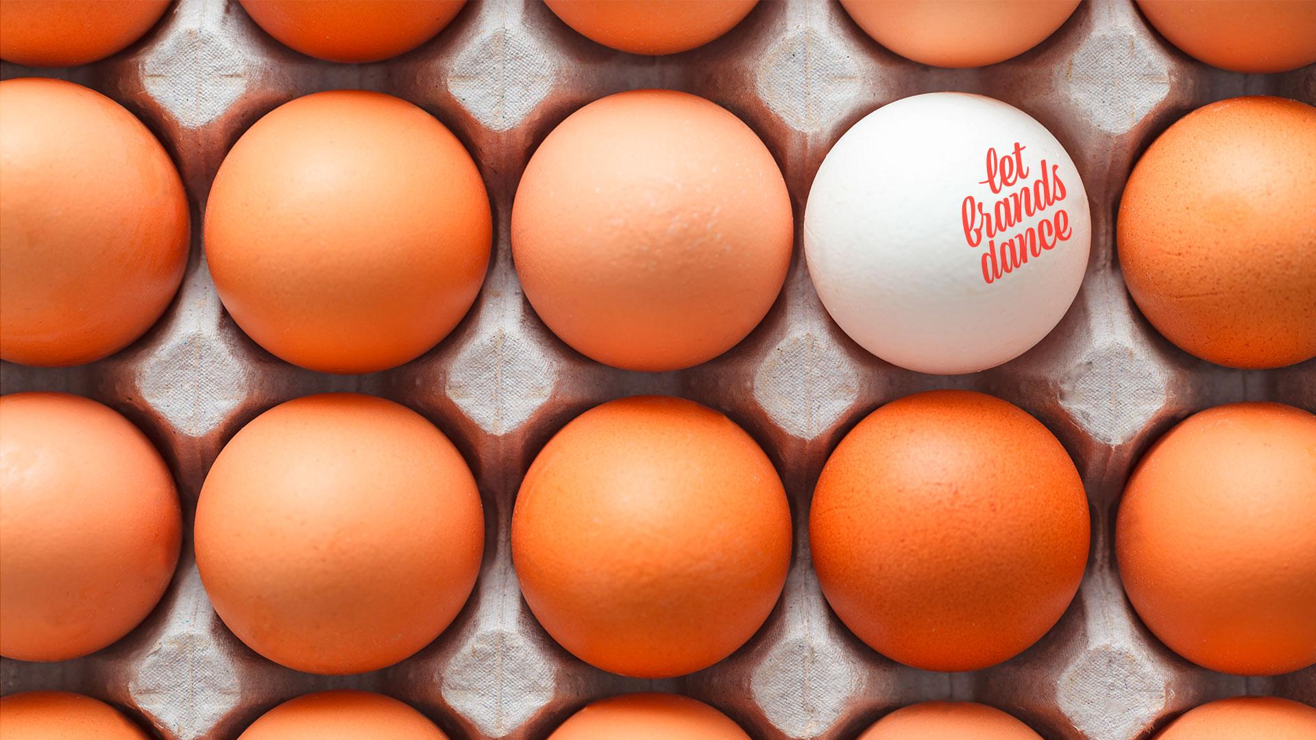 Eier in Schachtel, Ei mit Schrift